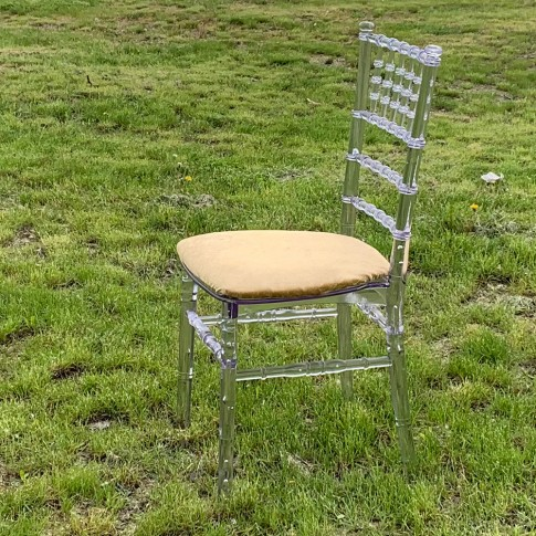 Caurspīdīgs Chiavari krēsls | noma