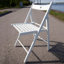 Balts saliekams koka krēsls<br /><span style=text-transform:none;><small></small></span>